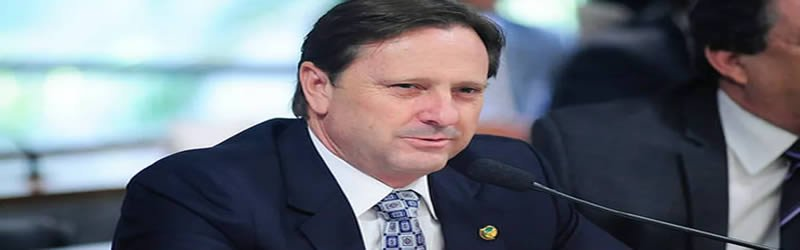 STF nega recurso e determina prisão de senador Acir Gurgacz