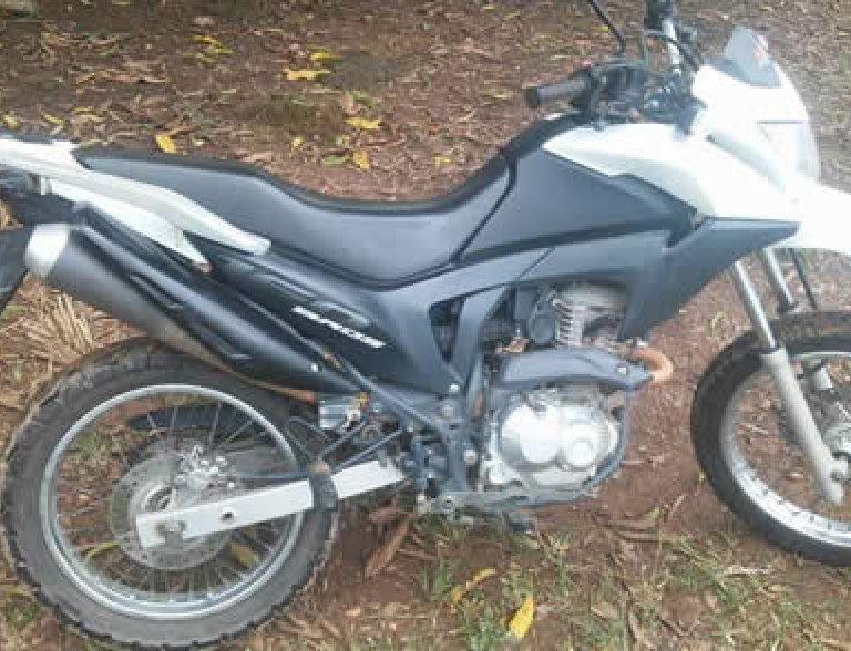 Ouro Preto: moto é furtada em frente à Escola Monteiro Lobato