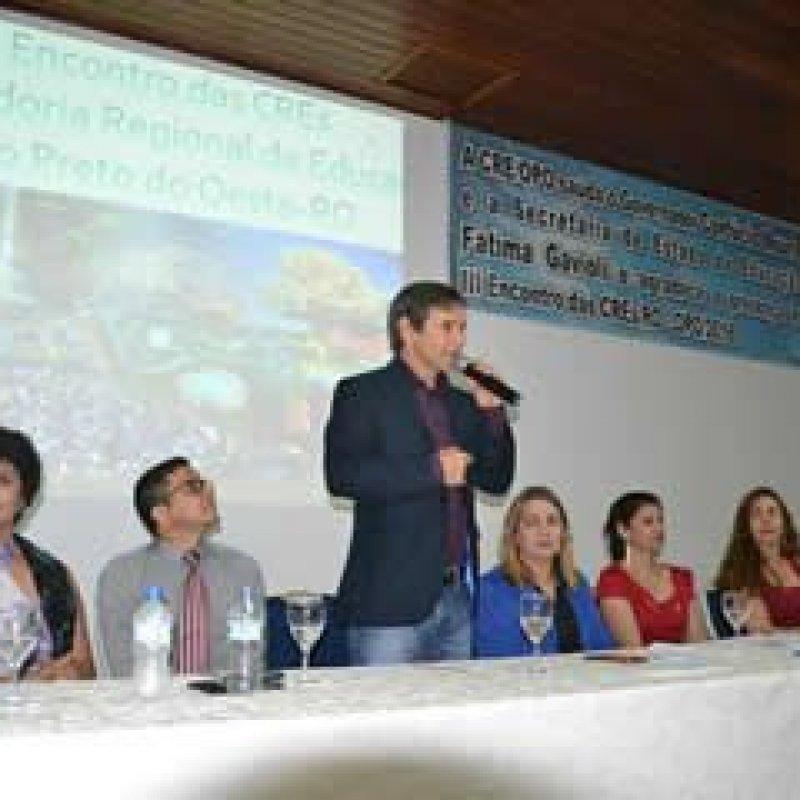 Deputado Marcelino participa do III Encontro de Coordenadores Regionais de Educação