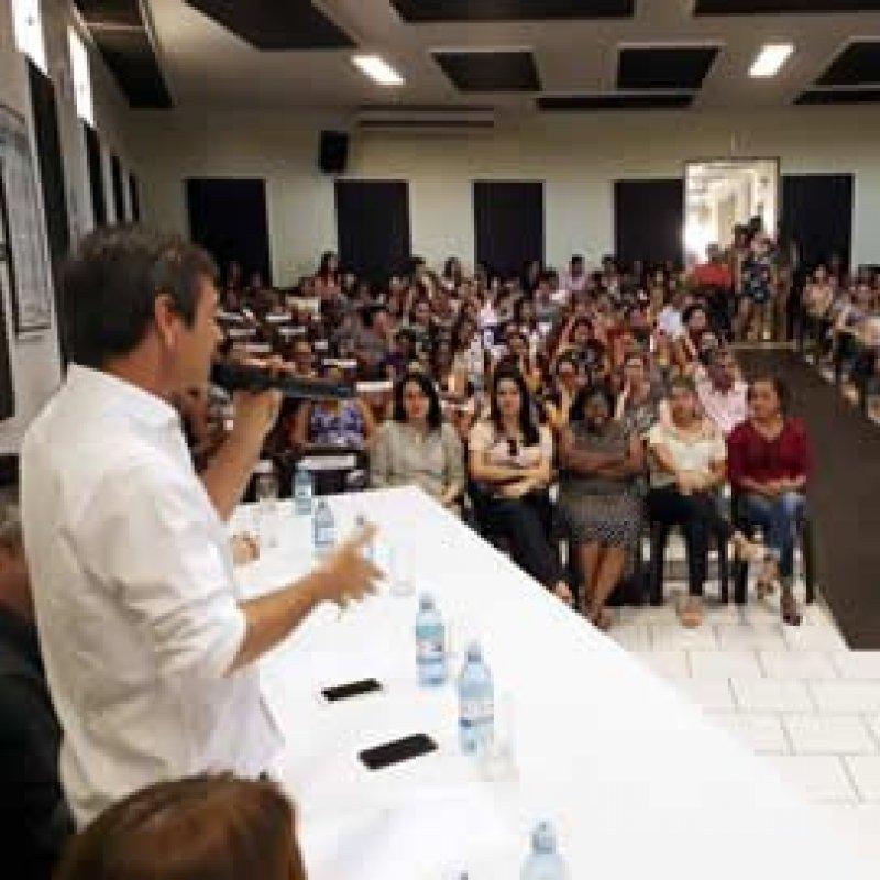 Dep Marcelino participa da entrega a 152 gestantes do kit Mãezinha Rondoniense
