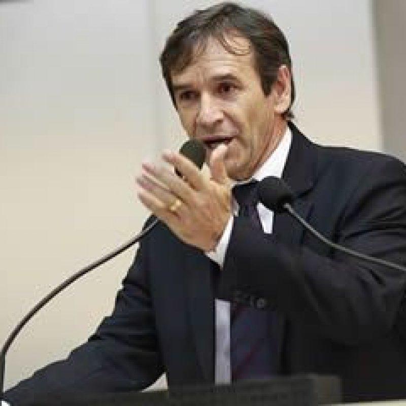 Deputado Marcelino Tenório solicita recuperação de ponte