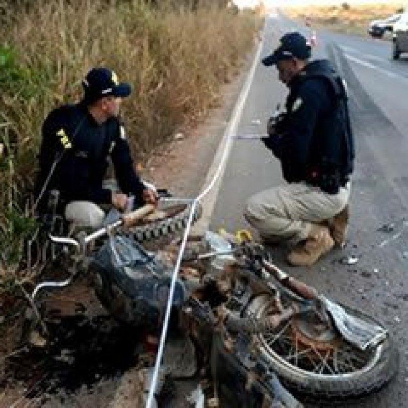 Fatalidade: motociclista morre ao chocar de frente com carreta na BR 421