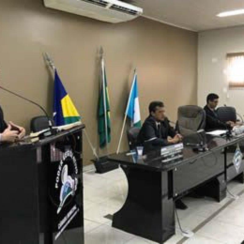 Vereadores Lamentam a falta de iluminação natalina na cidade de Ouro Preto